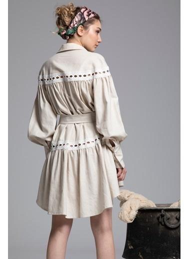Tuba Ergin Organik Pamuk Düğme ve Kemer Detaylı Midi Anais Elbise Krem